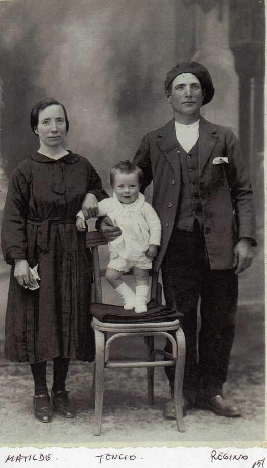 151 Matilde, Regino y Tencio su hijo